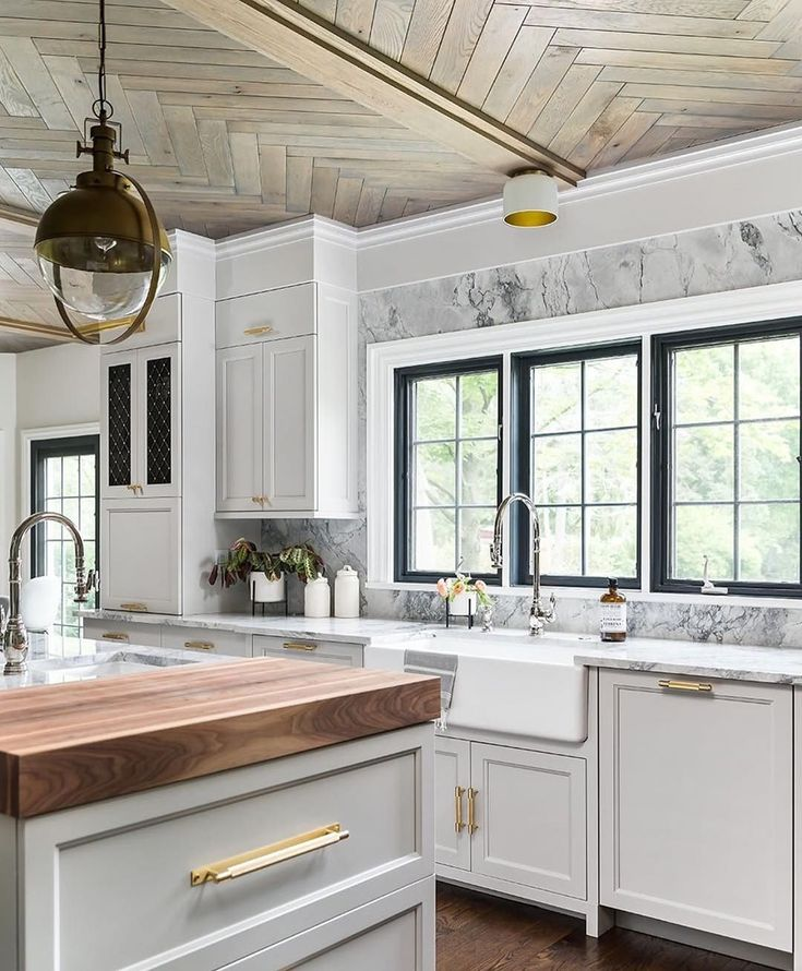 "Our Favorite Kitchens: Stunning Kitchen Via @kitchens_of_insta ""one Of Our"
