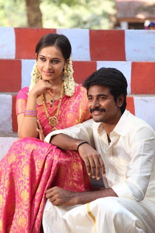 Sri Divya and Sivakarthikeyan in Varuthapadatha Valibar Sangam Movie | Veethi