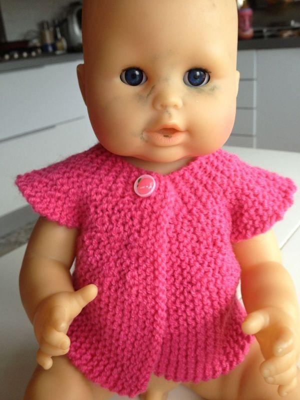 On tricote encore pour les poupées