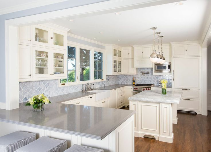 Baroque Ogee Edge Vogue Seattle Traditional Kitchen Decoration Ideas With  Breakfast Bar Chandelier Country Kitchen Custom Part 71