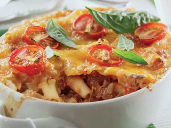 Macaroni cheese with mince • This dish is perfect for the whole family.