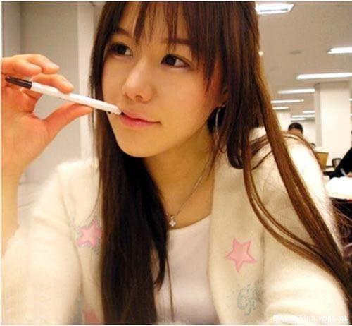 美女傳說『咬筆妹:李尚雅』 37p