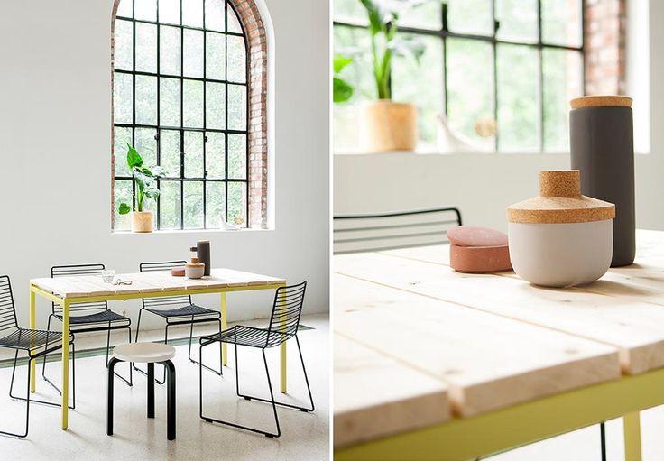 Alternativ til utebord: Dette stilige spisebordet laget vi av et bordunderstell i metall og treplanker til bordplate.