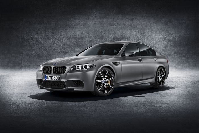 "30th Anniversary Edition BMW M5 (BMW M5 ""30 Jahre M5"") want...want."