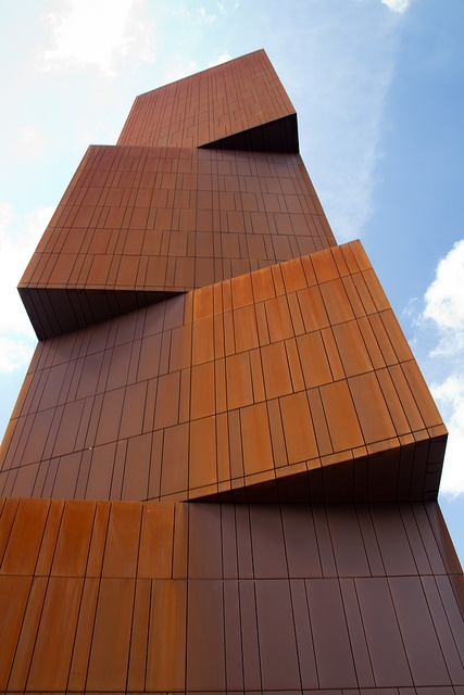Like the pattern. Broadcasting Place by Pawel Paniczko, via Flickr