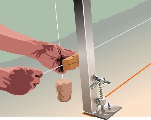 Prumo e alinhamento: Amarrar a linha com auxílio do esticador de linha no escantilhão.