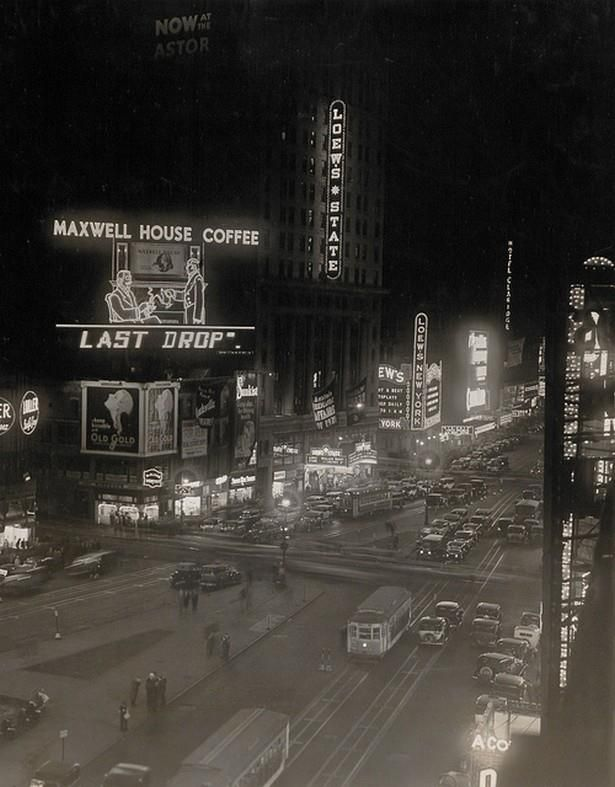 Times Square at night, 1940s. Incredible Maxwell House neon sign!