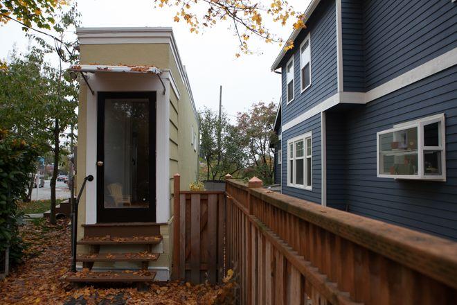 17 best images about montlake 39 spitehouse 39 up for sale on pinterest legends modern tiny house - Houses built inhours ...