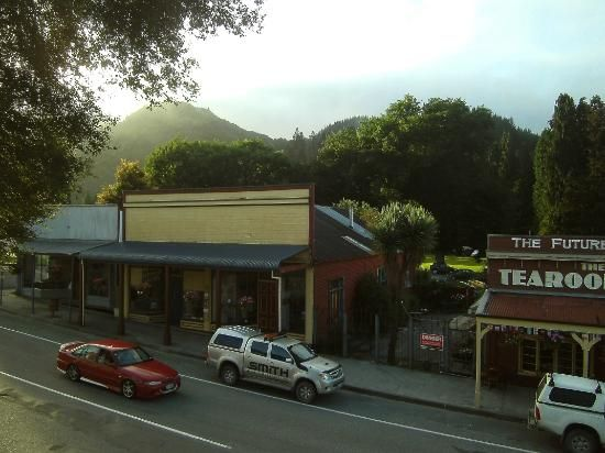 broadwaytearoomsandbakery  Reefton, Southland, NZ.  Still remember the orangey…