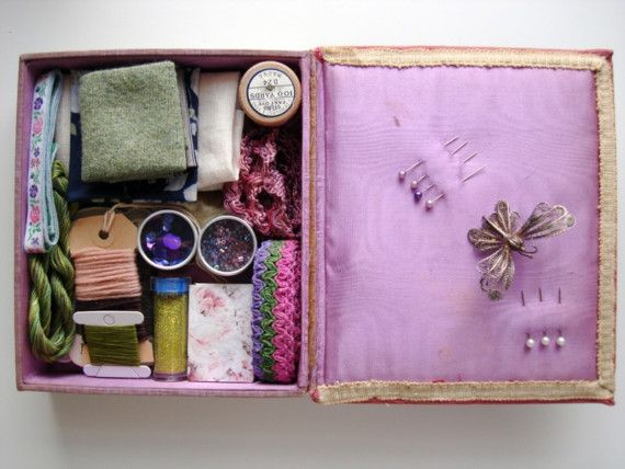 Estate sale lot 25 Auntie May's sewing box by lobsterandswan