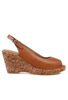 Wanita > Sepatu > Wedges > Peep Toes Wedges > Selestia Peep Toe Wedges > Beajove