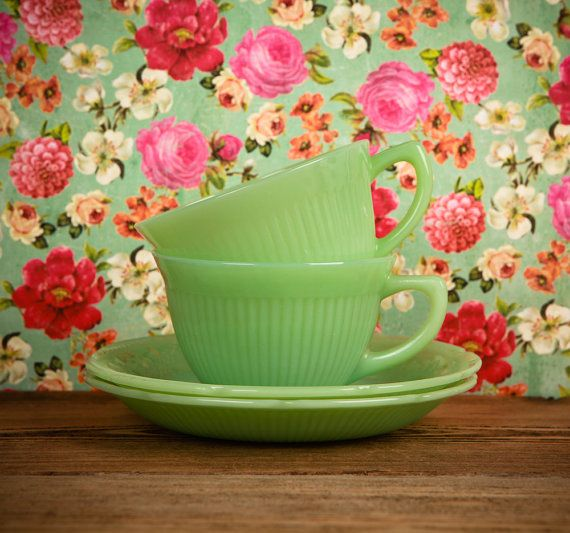 Lovely Fire King Jadeite Tea Cups and SaucersMint Green, Teas Time, Teas Cups, King Jadeite, Fire King, Jadeite Teas, Design Home, Teacups, Teas Parties