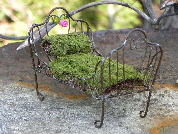 Fairy Garden Bed furniture miniature van TheLittleHedgerow op Etsy, $14.50