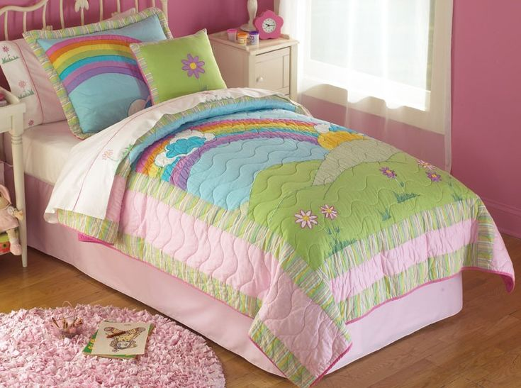 Rainbow Quilt In Bright Pink Rainbow Colors For Twin And
