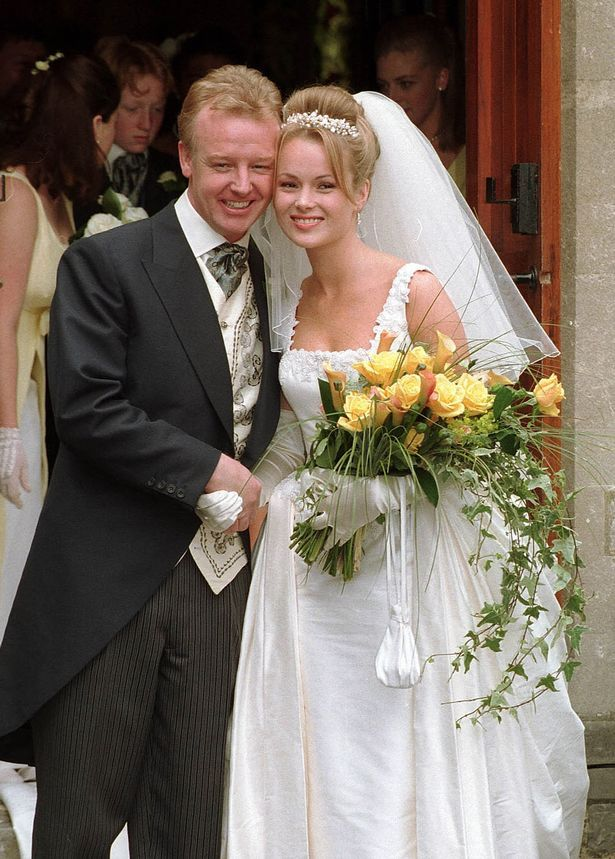 Les Dennis wedding to Amanda Holden June 1995 (615×859)