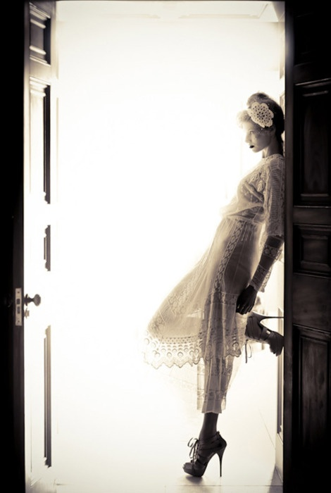 I love the dress and shoes, and the photograph is beautiful!