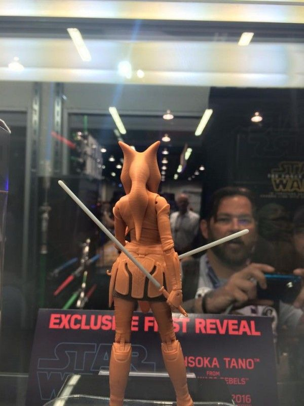 ToyzMag.com » Star Wars Black Series 6″ : Ahsoka Tano