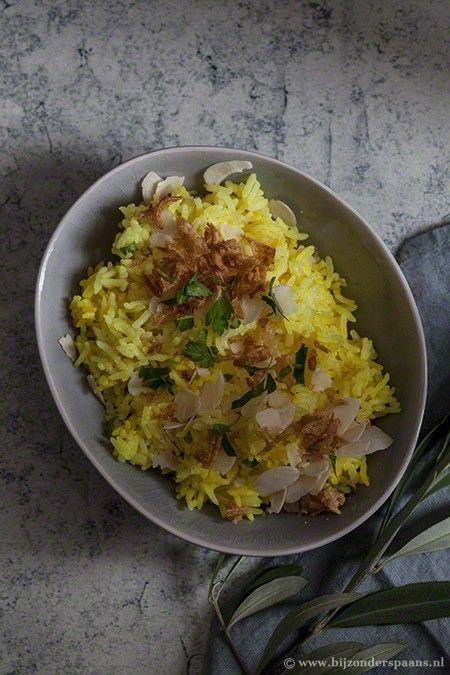 Andalusische kip stoofschotel met gele rijst  Bijzonder Spaans