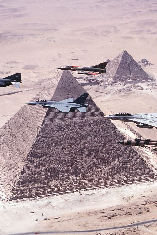 Fighter jets flying over the pyramids...@ tonygqusa i follow back.