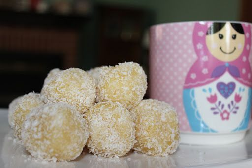 Fructose Free Salted Caramel Macadamia Balls – Just in time for Christmas | healednutrition