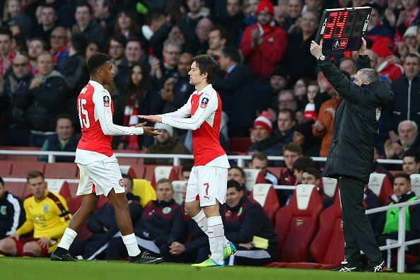 Tomas Rosicky suffered a thigh injury on his Arsenal comeback v Burnley