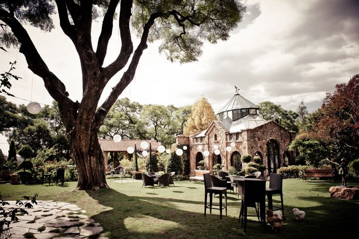 Don't let county look fool you, Shepstone Gardens is located in side Johannesburg Urban area. Shepstone has a long history as a favorite city wedding venue and has some wonderful architecture. Be sure to look through their gallery.