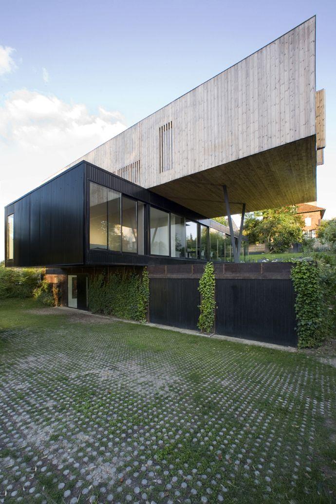 Contemporary Floating House In Sèvres by Colboc Franzen & Associés Sevres-France