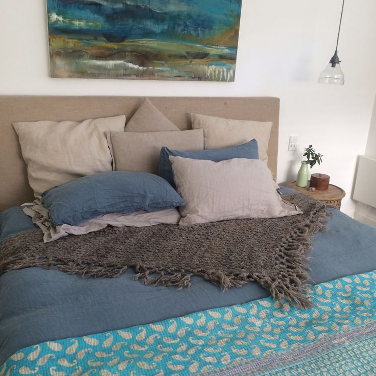 Bedroom style up. Woollen throw.  Sally Campbell textiles. White home French linen