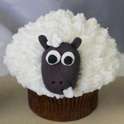 Counting Sheep cupcakes