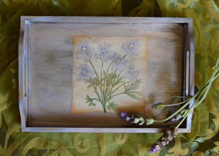 Inspired by the French countryside, this DIY tea tray craft idea is the ideal way to add a touch of elegance to your tea time. #FaveCrafter