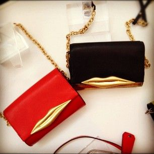need. dvf resort kissing clutch.: Style Inspiration, Resorts, Dvf S Novelty, Dvf Resort, Resort Kissing, Kissing Clutches