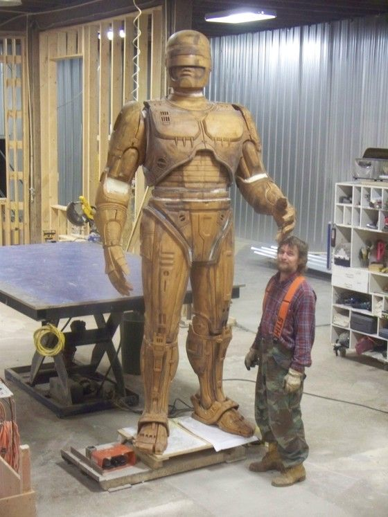 Robocop statue updated May 2013.  Anticipation.