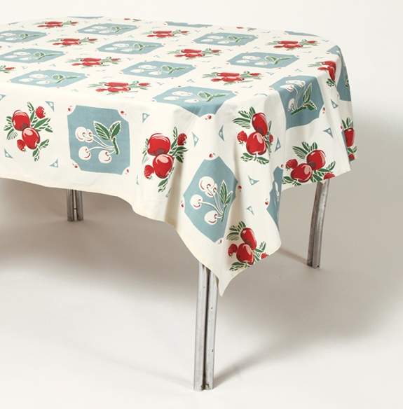 Retro Kitchen Linens: 17 Best Images About Vintage Table Cloths On Pinterest