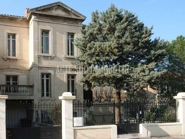 19 best vente et achat maison de ville salon de provence for Garage peugeot salon de provence