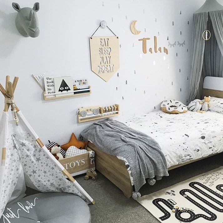 Love it! @teaching.talan #love #boysroom #gutterom #girlsroom #jenterom #interiør #inspo #barnerom #barneinteriør #barneinspo #barneromsinteriør #gravid #nyfødt #newborn #babyroom #barsel #mammaperm #mammalivet #småbarnsliv #interior #kidsinspo #kidsinterior #kidsdecor #nursery #nurserydecor #barnrum
