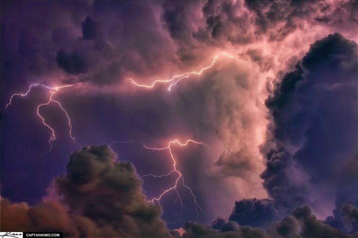heat-lightning-storm-over-jupiter-florida-in-clouds
