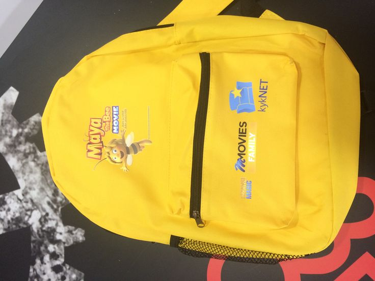 yellow bag for the movie Maya the Bee
