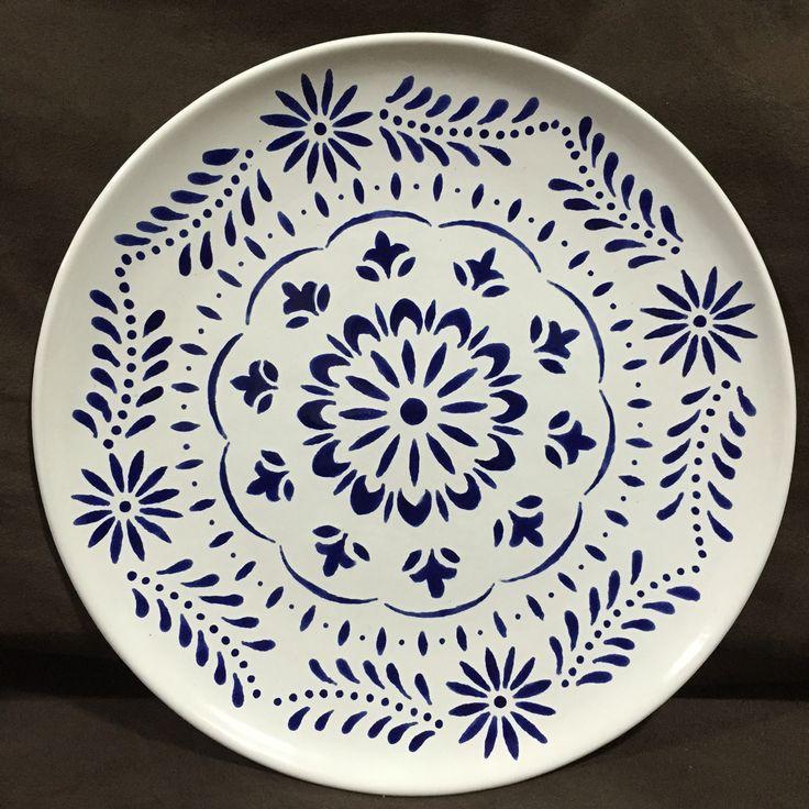 Prato cerâmica pintado à mão