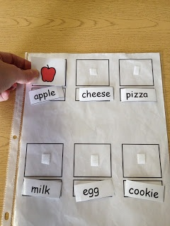 Matching words to pictures for foods to develop beginning reading skills.  www.autismtank.blogspot.com