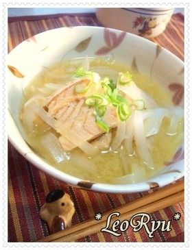 鮭こく【鮭と新たまねぎのおみそ汁】