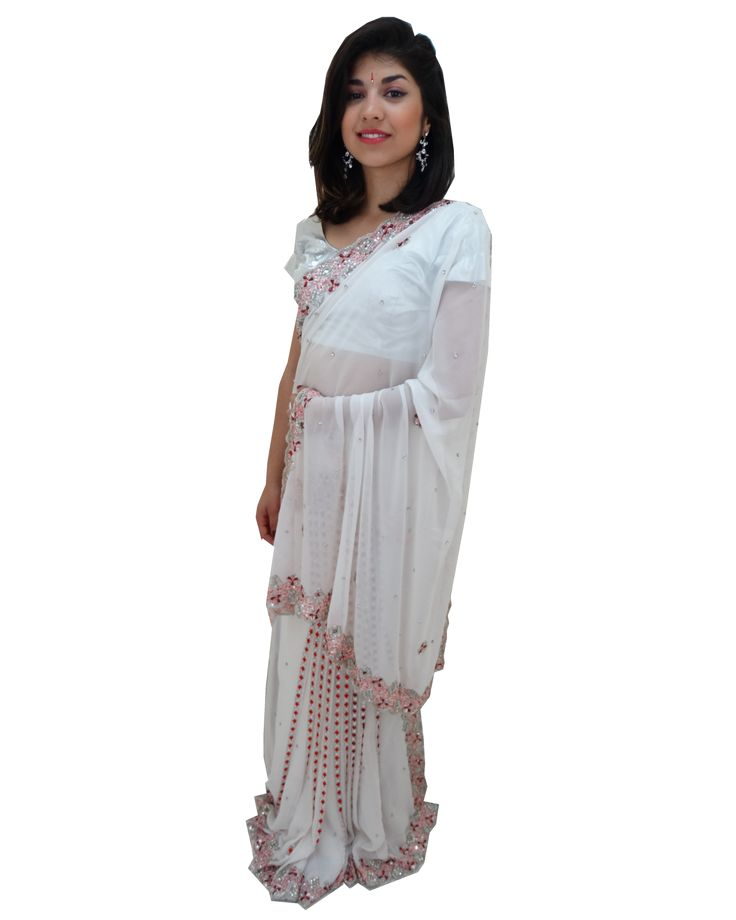 En Stock! Magnifique Sari de mariage blanc avec perle blanche et rouge Bollywood Saree #NarkisFashion #Saree #Mariage