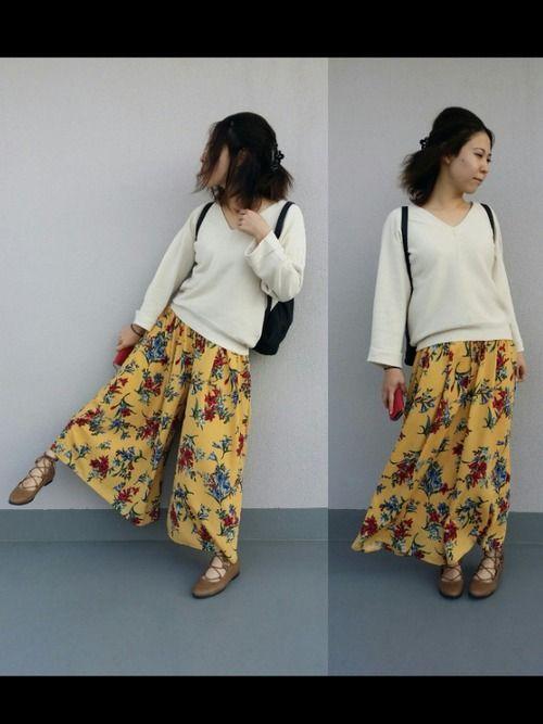 ジーナシスの花柄パンツ。 お気に入り♡