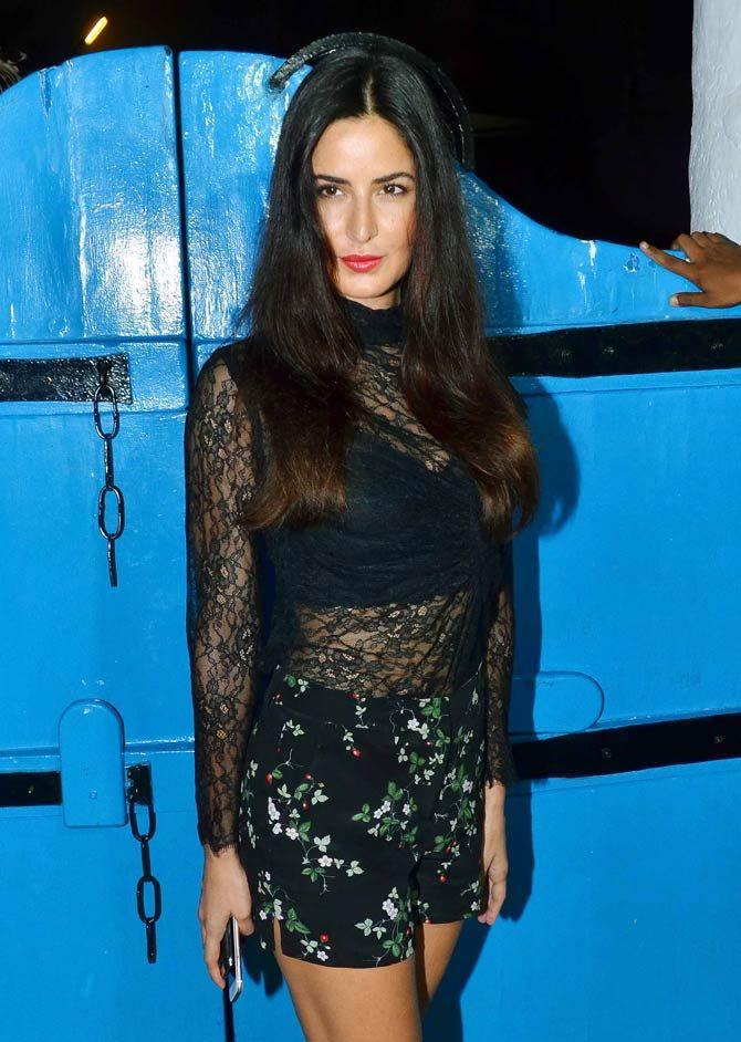 Katrina Kaif looked elegant in a short black dress at 'Baar Baar Dekho' wrap-up bash.