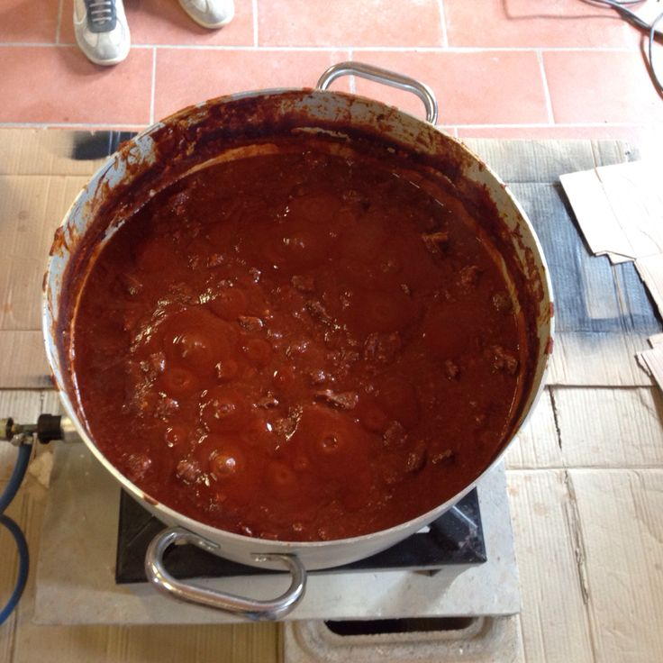 Peposo is the signature stew of impruneta a small village for Masini terrecotte impruneta