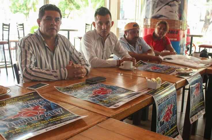 """Gobierno de Acapulco ] ACAPAULCO, Gro. * 29 de mayo de 2017. Del 2 al 4 de junio, el puerto de Acapulco será sede del maratón """"Aguas Abiertas Marqués 2017"""", así lo dieron a conocer el subsecretario de Turismo municipal, Carlos González y organizadores del evento, quienes dijeron se espera el..."""