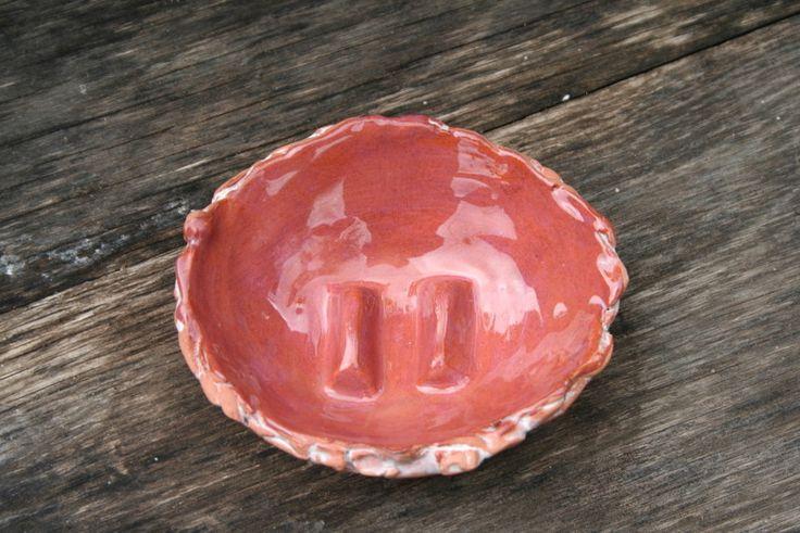 Bad-Accessoires - Keramik Seifenschale, naturrot, weiß, Unikat - ein Designerstück von Sandlilien bei DaWanda