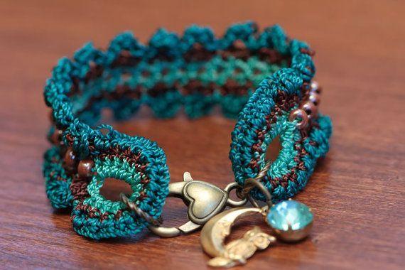 CROCHET PATTERN Crochet Bracelet Pattern Beaded por thevelvetheart