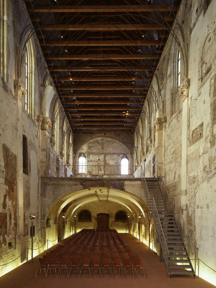 Kostel sv. Anny Eva Jiricna, Anenské náměstí, Praha 1