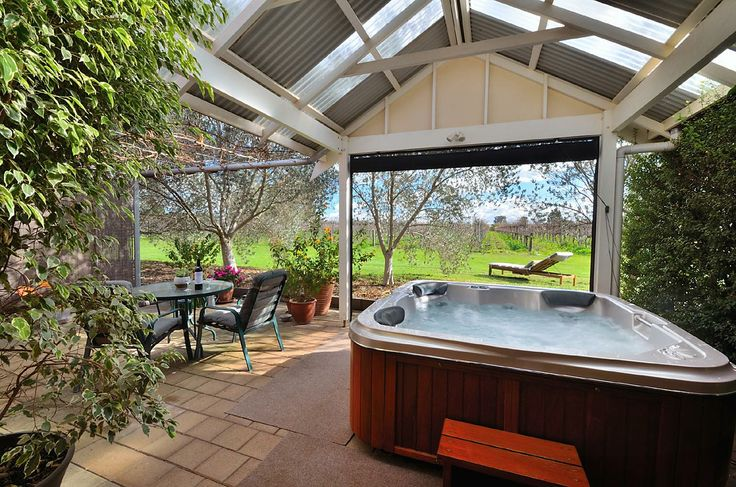 Stephanette's Cottage - Barossa Valley - South Australia  http://www.beautifulaccommodation.com/properties/stephanettes-cottage