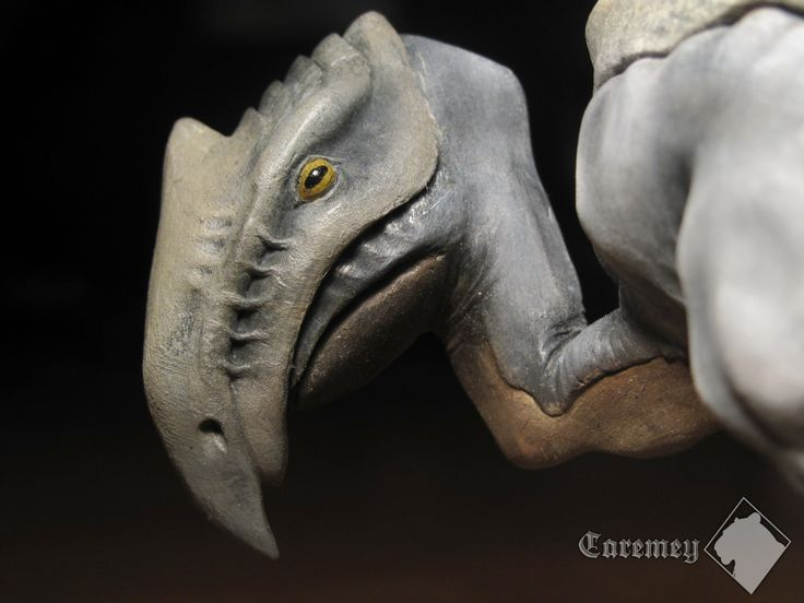 Scavenger | sculpture in Fimo clay, painted by acrylic colours